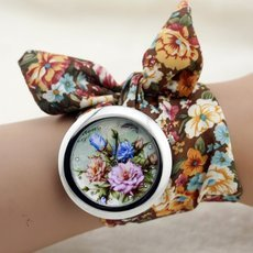Flower Cloth Wristwatch